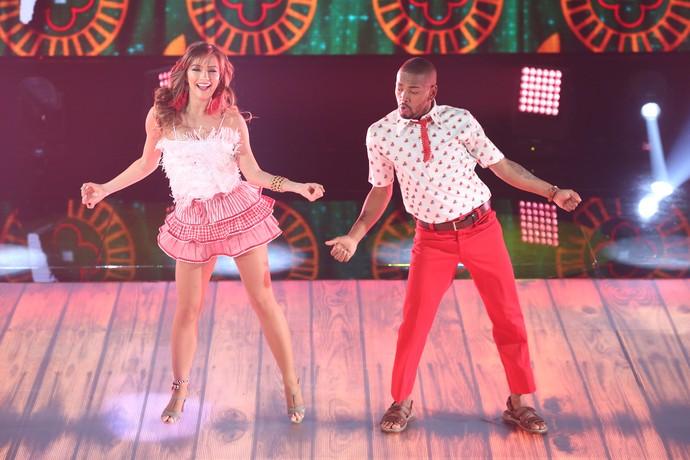 Nego divertiu o público com sua dança (Foto: Carol Caminha/Gshow)