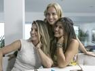 Angélica confere detalhes da festa de 15 anos de Giulia, filha de Flávia Alessandra