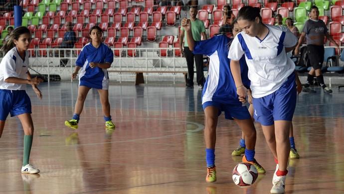 Seletivas para o futsal vão até o dia 15 (Foto: Maria Odília/SEED)