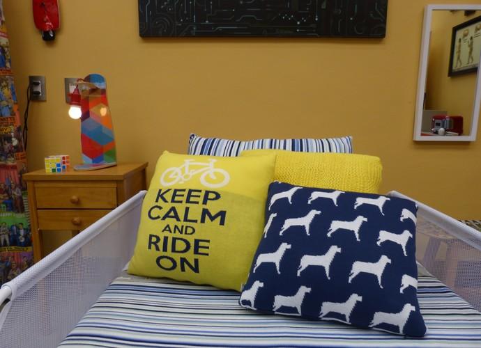 Almofadas multicoloridas podem ser usadas na sala e nos quartos (Foto: Raquel Gonzalez/ Gshow)