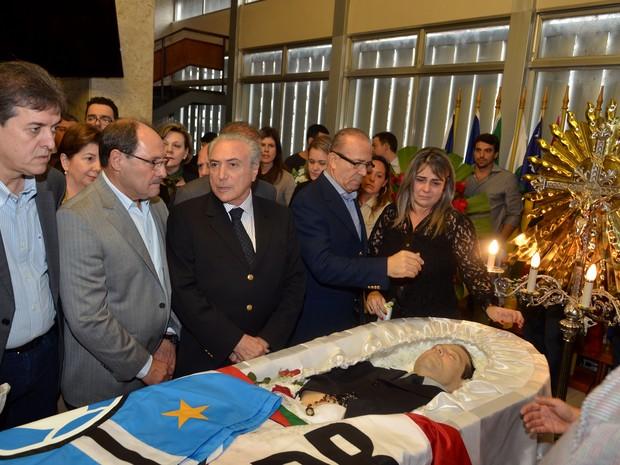 Michel Temer José Ivo Sartori - velório Mendes Ribeiro Filho (Foto: Guerreiro/Agência ALRS)