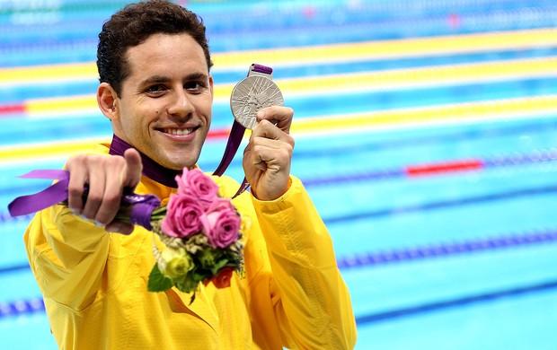 Thiago mostra sua medalha de prata!
