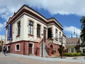 Museu está situado na Rua XV de Novembro, em SJP (Foto: Divulgação)