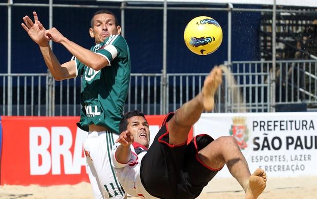 Palmeiras Atlético-PR futebol de areia (Foto: Wander Roberto/Inovafoto)