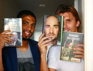 Paulo André e Wallace Xadrez Corinthians (Foto: Marcos Ribolli / Globoesporte.com)