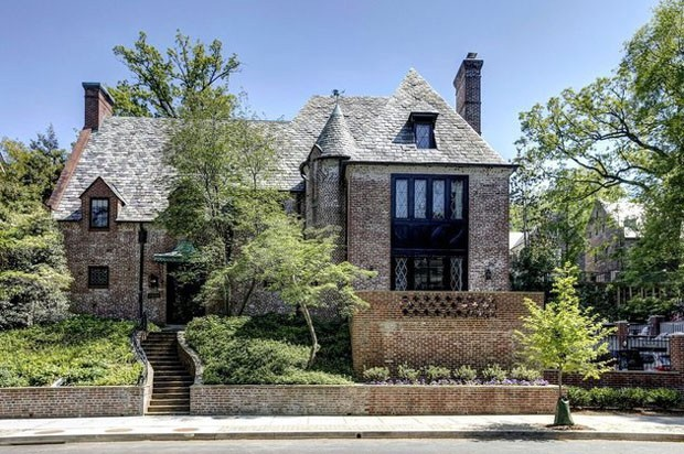 A fachada da nova casa da família Obama (Foto: Reprodução)