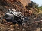 Quatro pessoas ficam feridas em um acidente entre dois carros na BR-116
