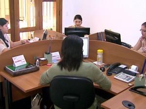 Escritório em Ribeirão Preto (Foto: Antônio Luiz/EPTV)