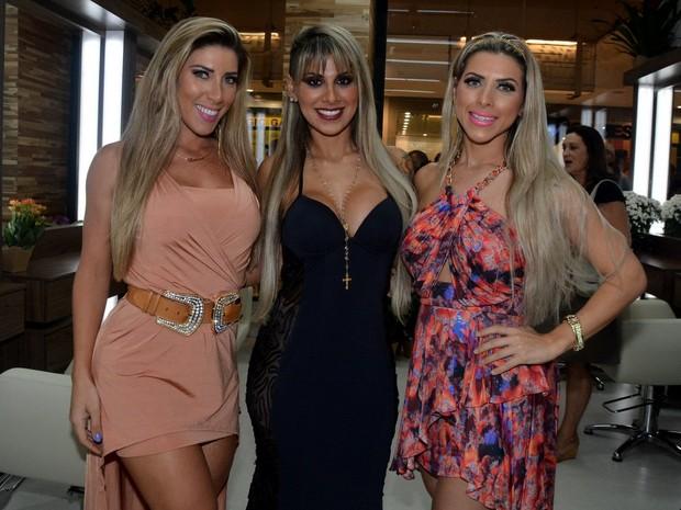 Ana Paula Minerato, ex-BBB Vanessa e Tati Minerato em evento em São Paulo (Foto: Caio Duran/ Ag. News)