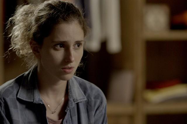 Carol Duarte (Ivana) em cena de 'A força do querer' (Foto: Reprodução)