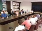 Após protestos em Itajaí, prefeito e caminhoneiros se reúnem