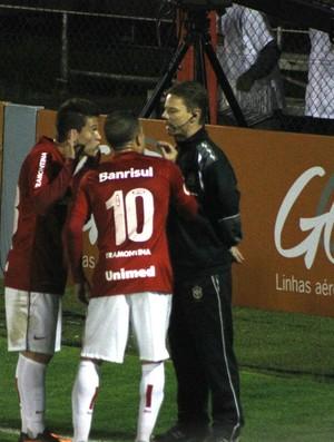 inter internacional corinthians vale brasileirão cássio damião dalessandro (Foto: Diego Guichard/Globoesporte.com)