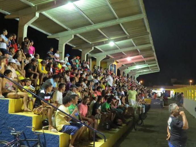 estádio Duduzão em Luís Correia (Foto: Blog do Jonys)