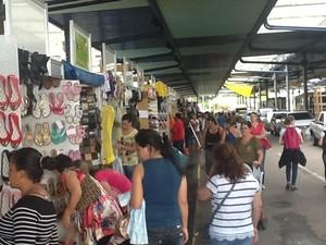 Prefeitura apoia a feira dos antigos comerciantes do Mercado Público da capital (Foto: Divulgação Igeof/Luiz Voln)