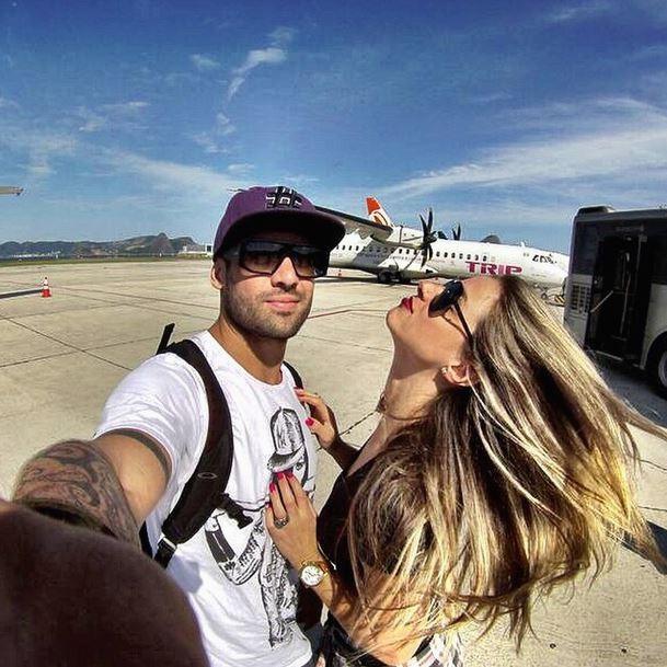 Yuri, ex-BBB, e a namorada Angela Souza (Foto: Instagram/Reprodução)
