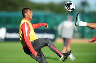 Ernando, zagueiro do Inter, Internacional, Florida, Estados Unidos, treino (Foto: Ricardo Duarte / Internacional / Divulgação)