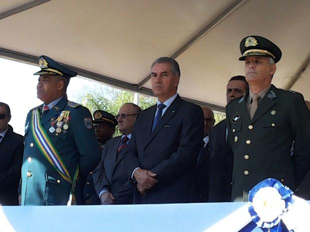 Governador do Estado durante solenidade no Parque dos Poderes, em Campo Grande (Foto: Graziela Rezende/G1 MS)