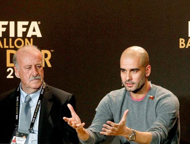 Vicente del Bosque e Guardiola entrevista Bola de Ouro (Foto: Reuters)