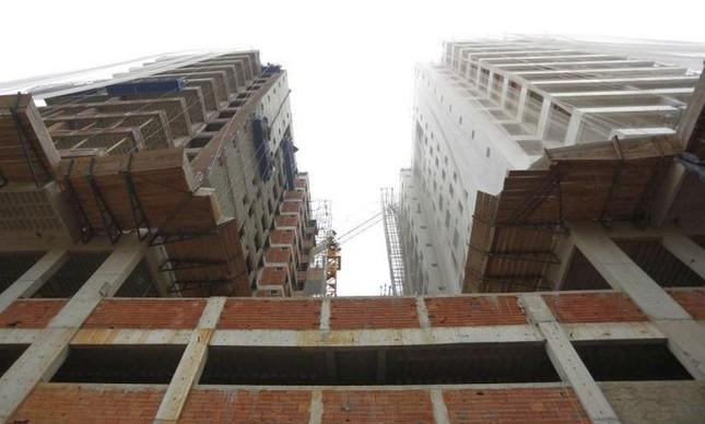 Prédios em construção no Rio