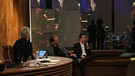 Ryuichi Sakamoto toca 'Merry Christmas Mr. Lawrence' no 'Conversa com Bial'