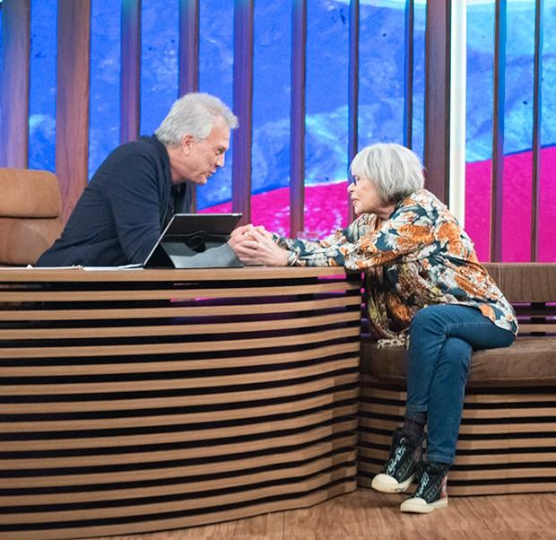 Rita durante o programa, com Pedro Bial (Foto: Guilherme Samora/ Ed. Globo)