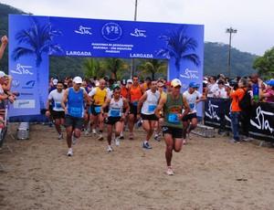 Maratona Revezamento Bertioga Maresias (Foto: Marcos Pertinhes / Prefeitura de Bertioga)