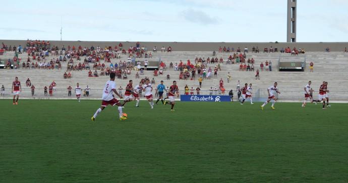 Campinense e Jacuipense empatam por 1 a 1  (Foto: Lucas Barros / GloboEsporte.com/pb)