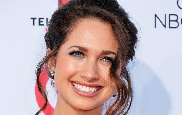 Maiara Walsh é de Seattle, mas passou parte da infância em São Paulo, cidade natal da mãe, e se considera brasileira, a ponto de visitar o país com frequência. A atriz trabalhou nas séries 'Desperate Housewives', 'The Secret Life of the American Teenager' e 'The Vampire Diaries', e fez filmes para TV. (Foto: Getty Images)
