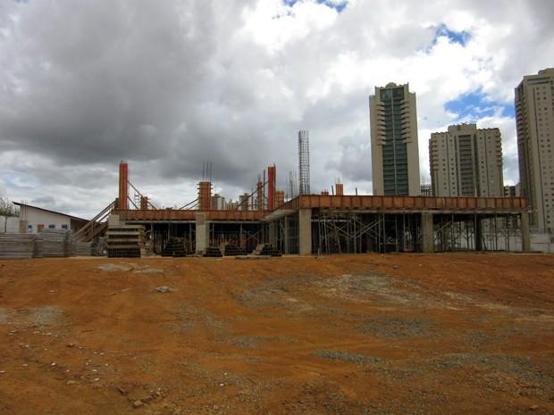 Quartel dos bombeiros em Águas Claras está em construção e deve ficar pronta no segundo semestre de 2016 (Foto: Luciana Amaral/G1)
