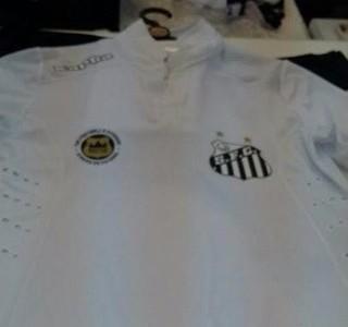 Vazam imagens do novo uniforme do Santos  veja os modelos 3de29f5f9668b