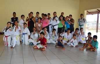 Associação de taekwondo beneficia jovens de bairro da capital do Acre