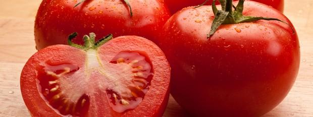 Confira quais os alimentos que podem agravar o quadro inflamatrio do organismo Tomate (Foto: Getty Images)