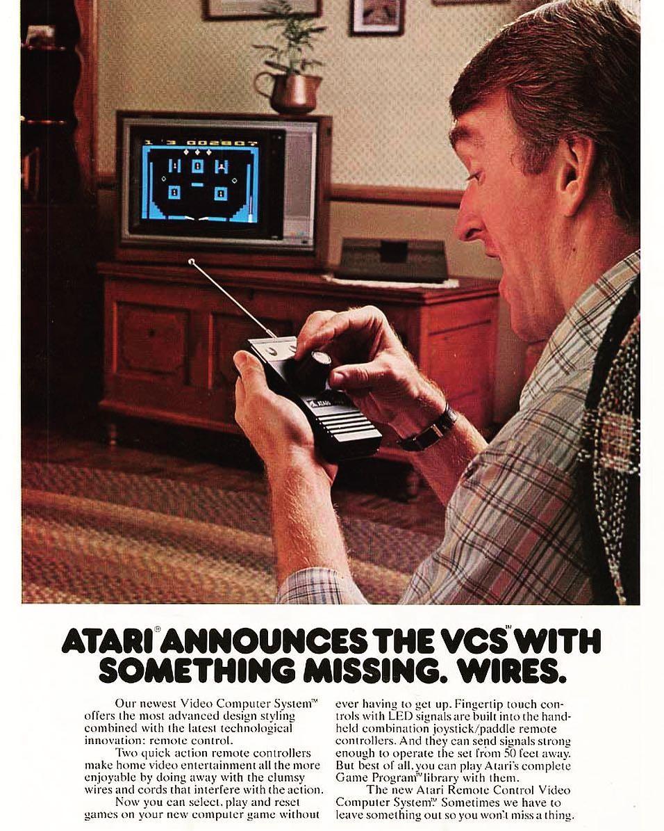 Propaganda do Atari 2700 com o controle sem fio (Foto: Reprodução/Instagram)