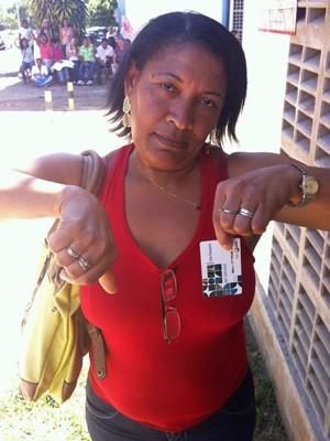Terceirizada afirma que não está recebendo o vale-transporte em dia (Foto: Paulo Melo/G1)