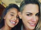 Filha de Joana Prado e Vítor Belfort corta o cabelo igual ao dos pais