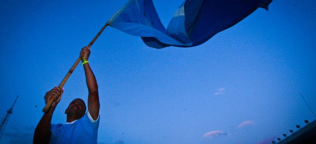 Lecheva comemora a volta do Paysandu à Segundona (Foto: Tarso Sarraf/O Liberal)