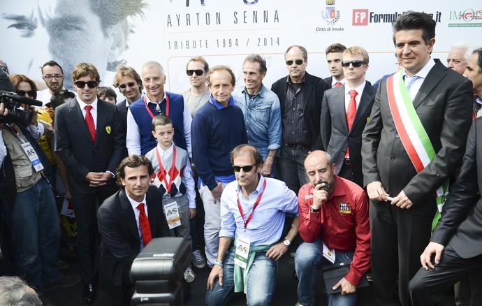 Berger, Alonso, Raikkonen e cia. participam de homenagem a Ayrton Senna em Imola (Foto: Felipe Siqueira)