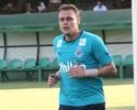 Renan revela rotina de dedicação para ser titular e garante ter apoio de Harlei