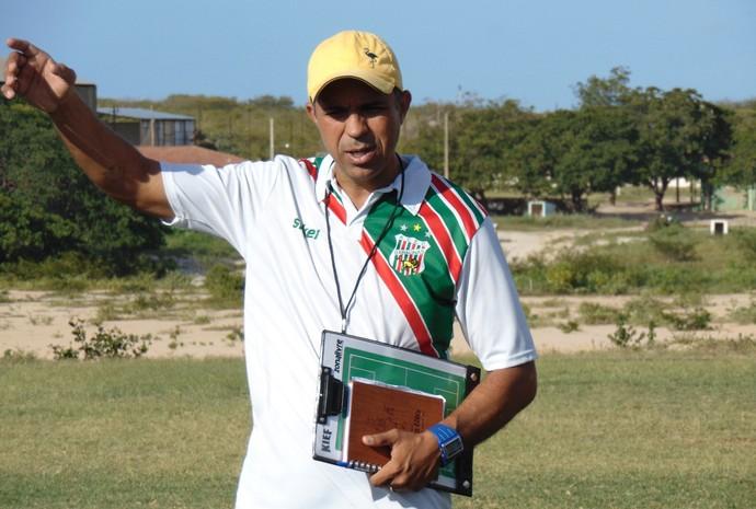 RN - Agnaldo Fidelis, técnico do Baraúnas (Foto: Yhan Victor/Divulgação)