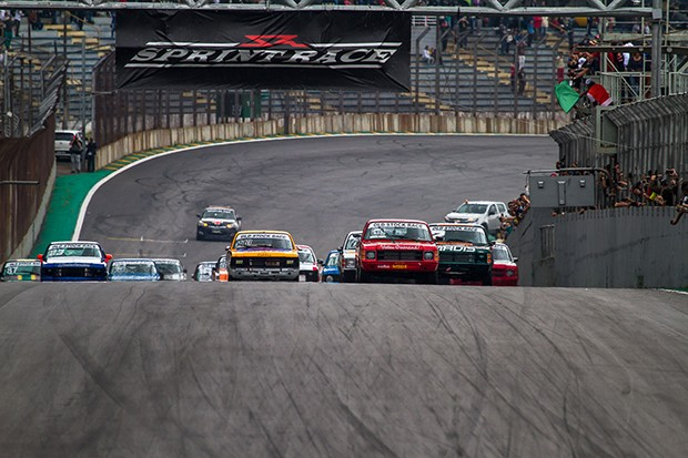 ...e acelera... (Foto: Divulgação/André Lemes/GRID Photo Racing)