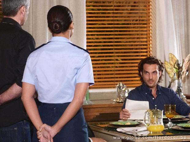 Alberto é intimado a depor (Foto: Flor do Caribe / TV Globo)