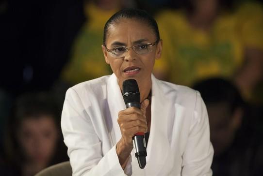 Marina Silva conversa com jornalistas após a derrota nas urnas  (Foto: EFE/Sebastião Moreira)