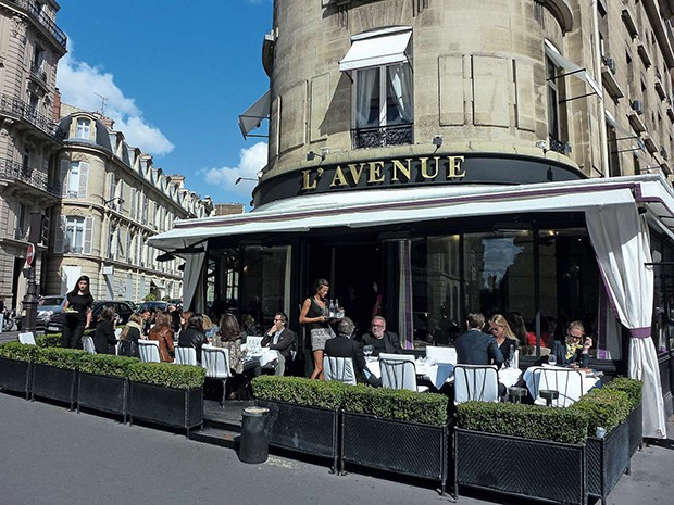 PARIS, FRANCE - SEPTEMBER 19: A general view of the 'L'Avenue' restaurant on September 19, 2012 in Paris, France.  (Photo by Marc Piasecki/FilmMagic) (Foto: FilmMagic)