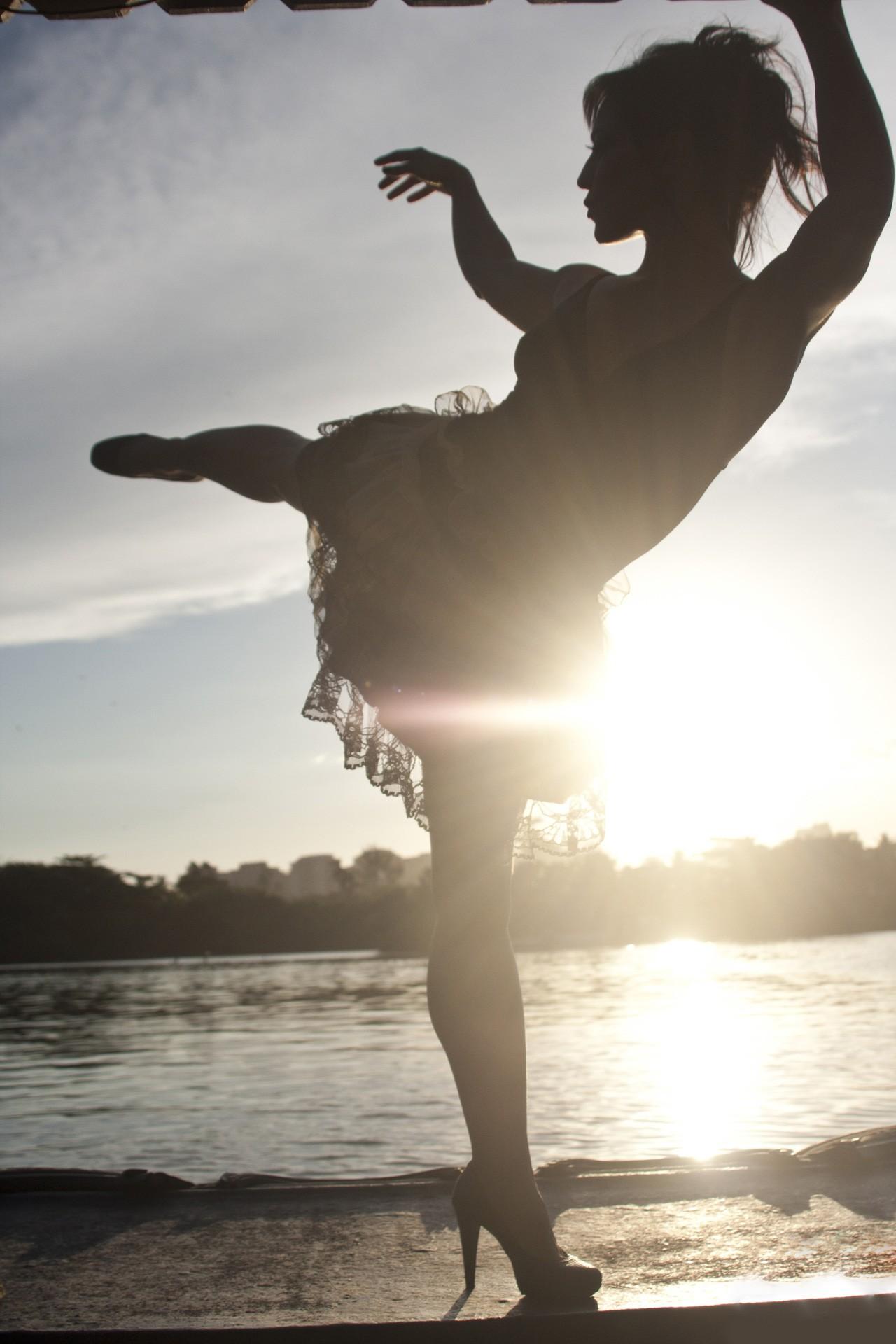 Seu sonho, ela define, sempre foi danar: O ideal foi juntar circo e dana (Foto: Divulgao)