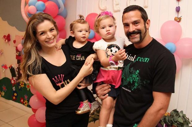 Iran Malfitano no aniversário de Cecília, filha de Bianca Castanho (Foto: Cleomir Tavares / Divulgação)