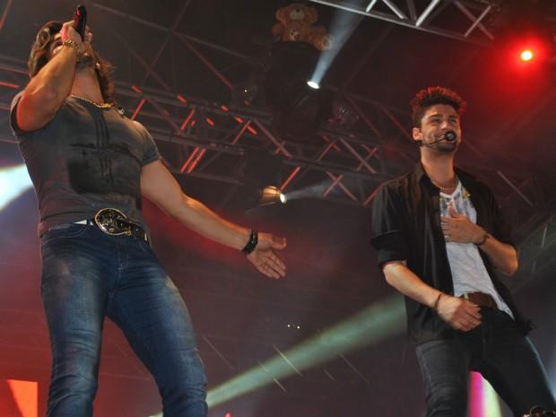 Dupla Munhoz e Mariano fez primeiro show na região de Itapetininga (SP). (Foto: Elton Rodrigues/TV Tem)
