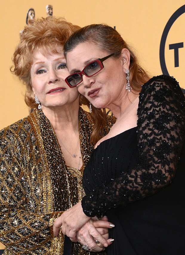 Carrie Fischer com a mãe, Debbie Reynolds (Foto: Getty Images)