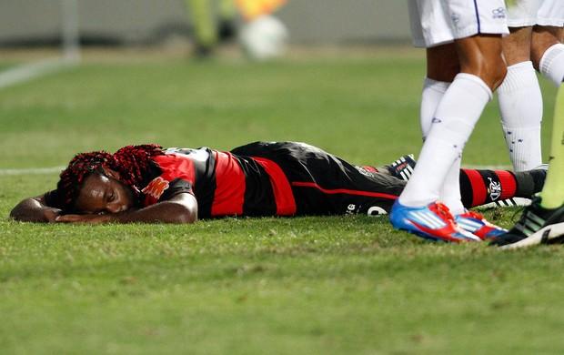 Vagner Love Flamengo x Cruzeiro (Foto: Ramon Bitencourt / Vipcomm)