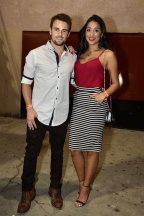 Ex-BBBs Rafael Licks e Talita Araújo em show na Zona Oeste do Rio (Foto: Roberto Teixeira/ EGO)