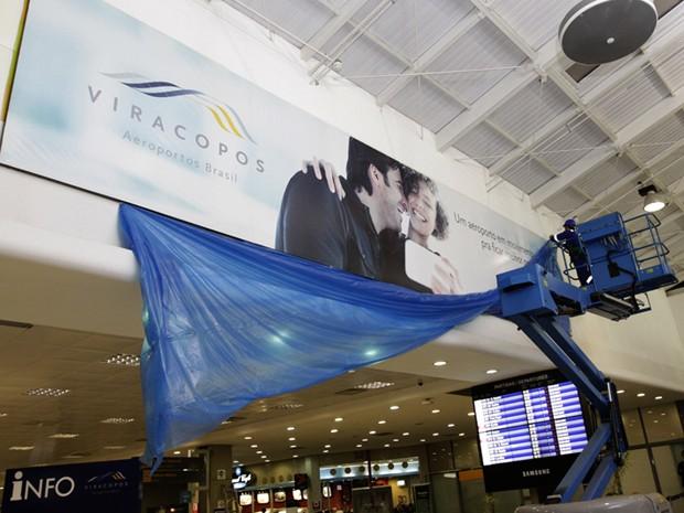 Aeroporto de Viracopos, em Campinas, passou por mudanças visuais durante a madrugada desta quarta-feira  (Foto: Divulgação / Aeroportos Brasil Viracopos)